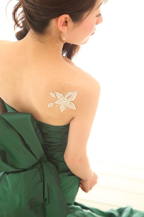 http://www.cesto.jp/img/bodyjewel/pic003.jpg